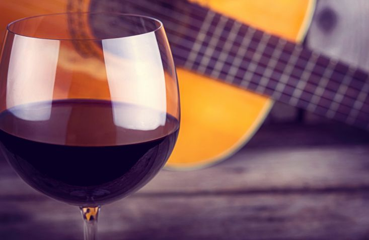 Friday Night Music at Silver Coast Winery will